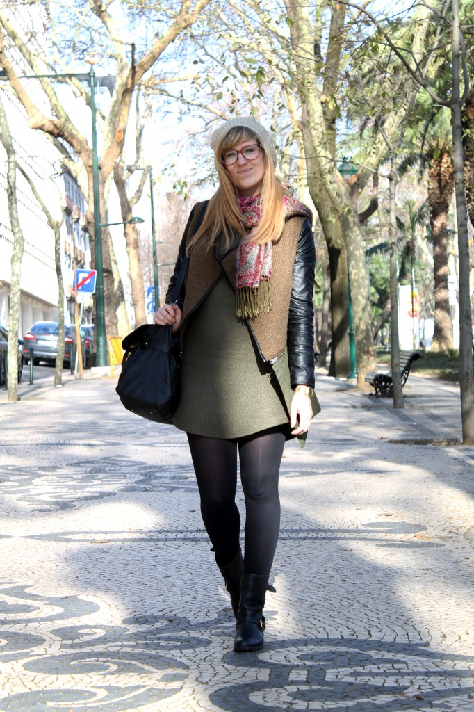 Zara dress & hat - Drôle de copine jacket - vintage scarf - Pull and Bear bag